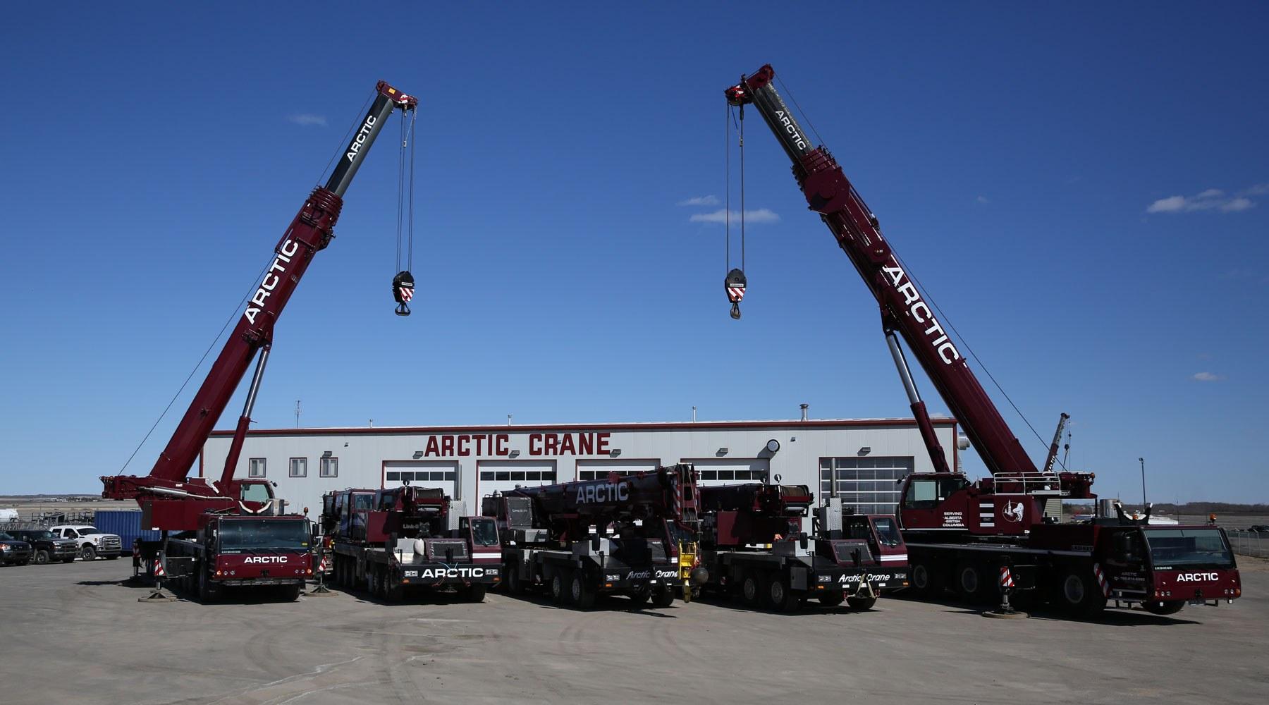 Cranes from Centurion company Arctic Crane